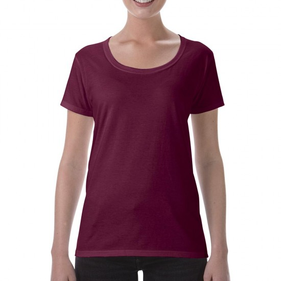 Women T-Shirt Gildan 153.09